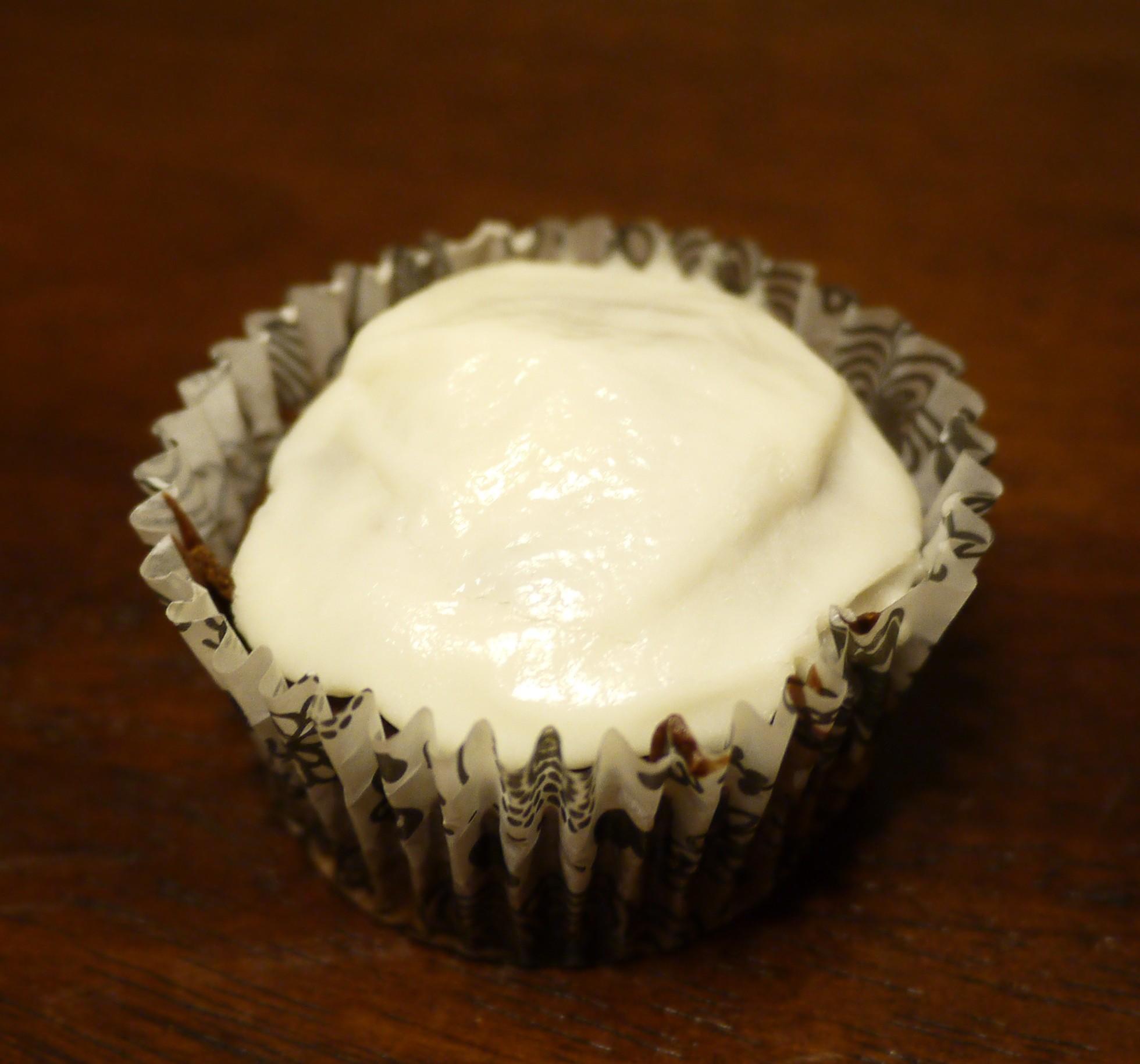 Recipe: Chocolate Cream Cupcakes